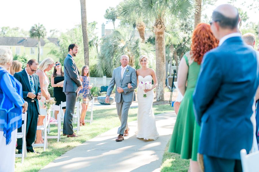 Sonesta Resort outdoor wedding ceremony on Hilton Head Island, SC