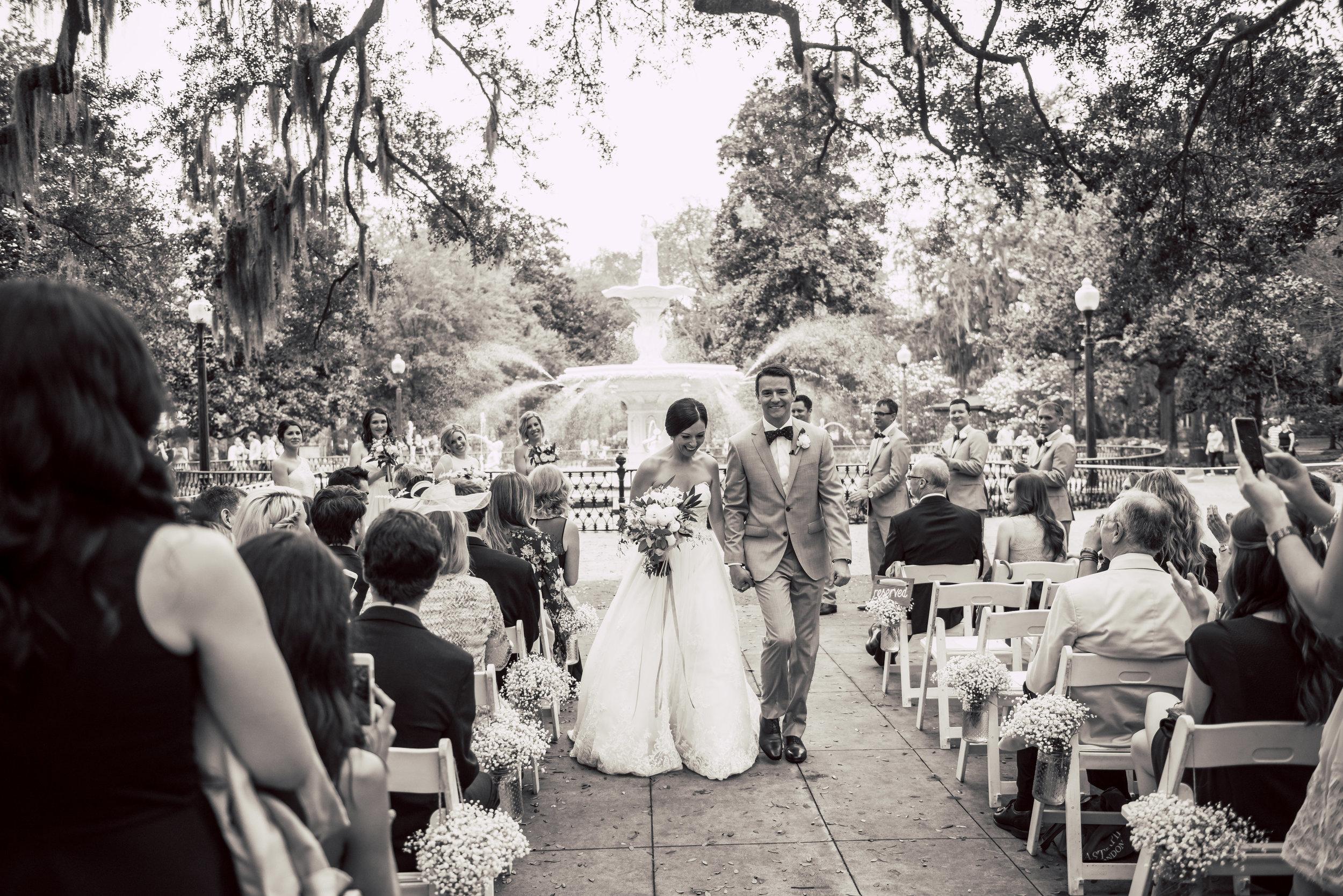 Max + Jackie's Forsyth Park ceremony in Savannah, Georgia