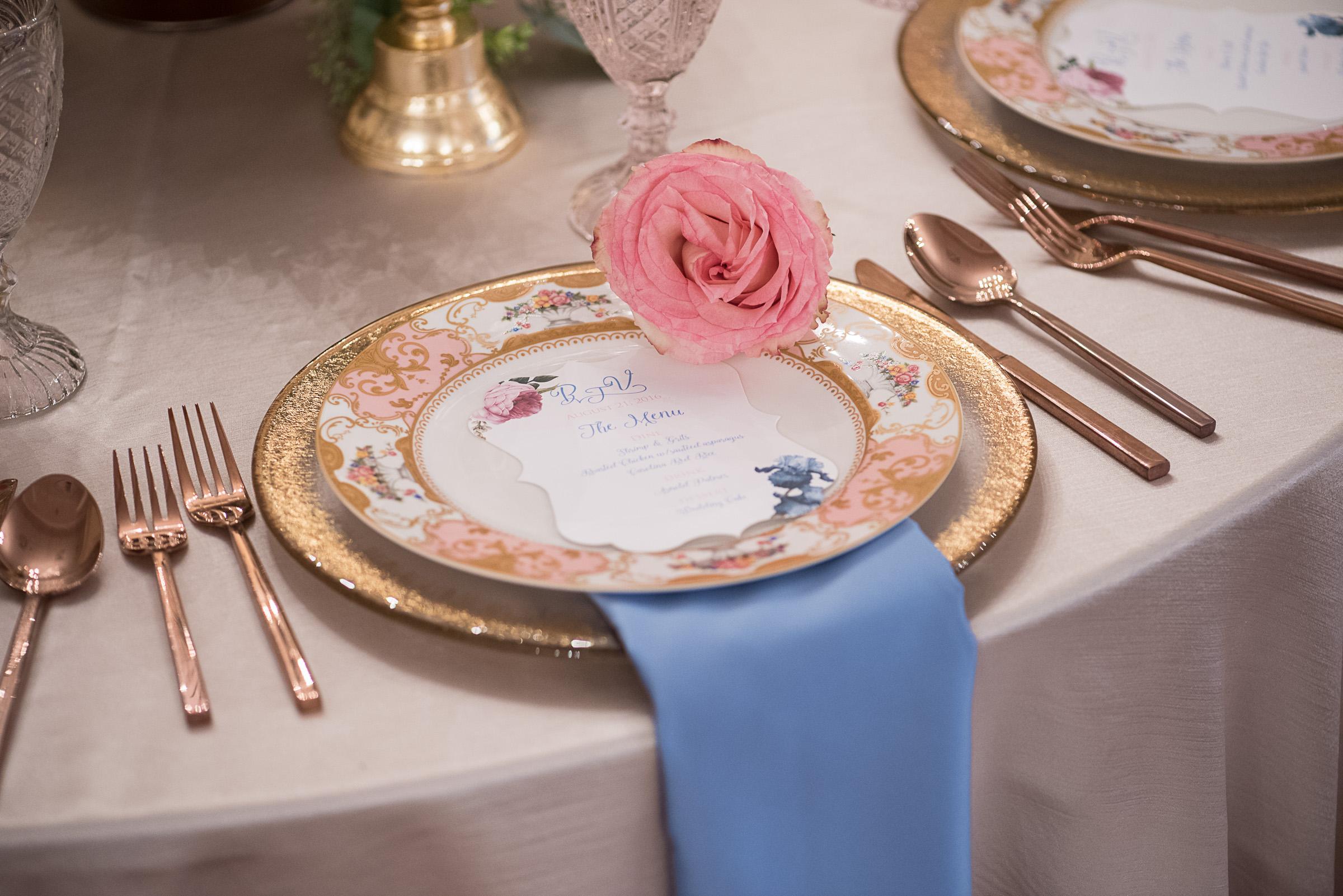 Charleston wedding inspiration vintage China from Eventworks