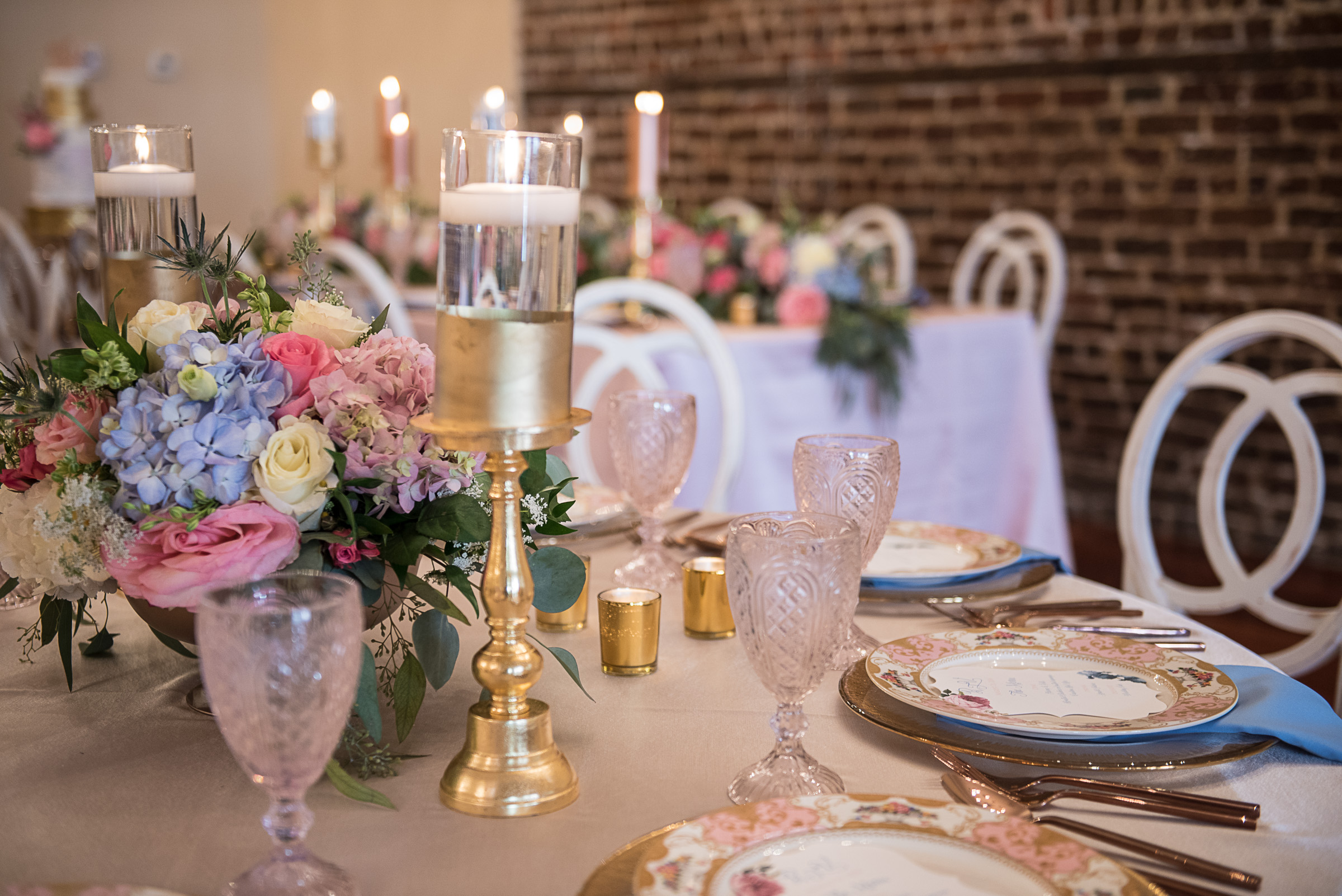 Charleston wedding tablescapes with gold, pink and blue
