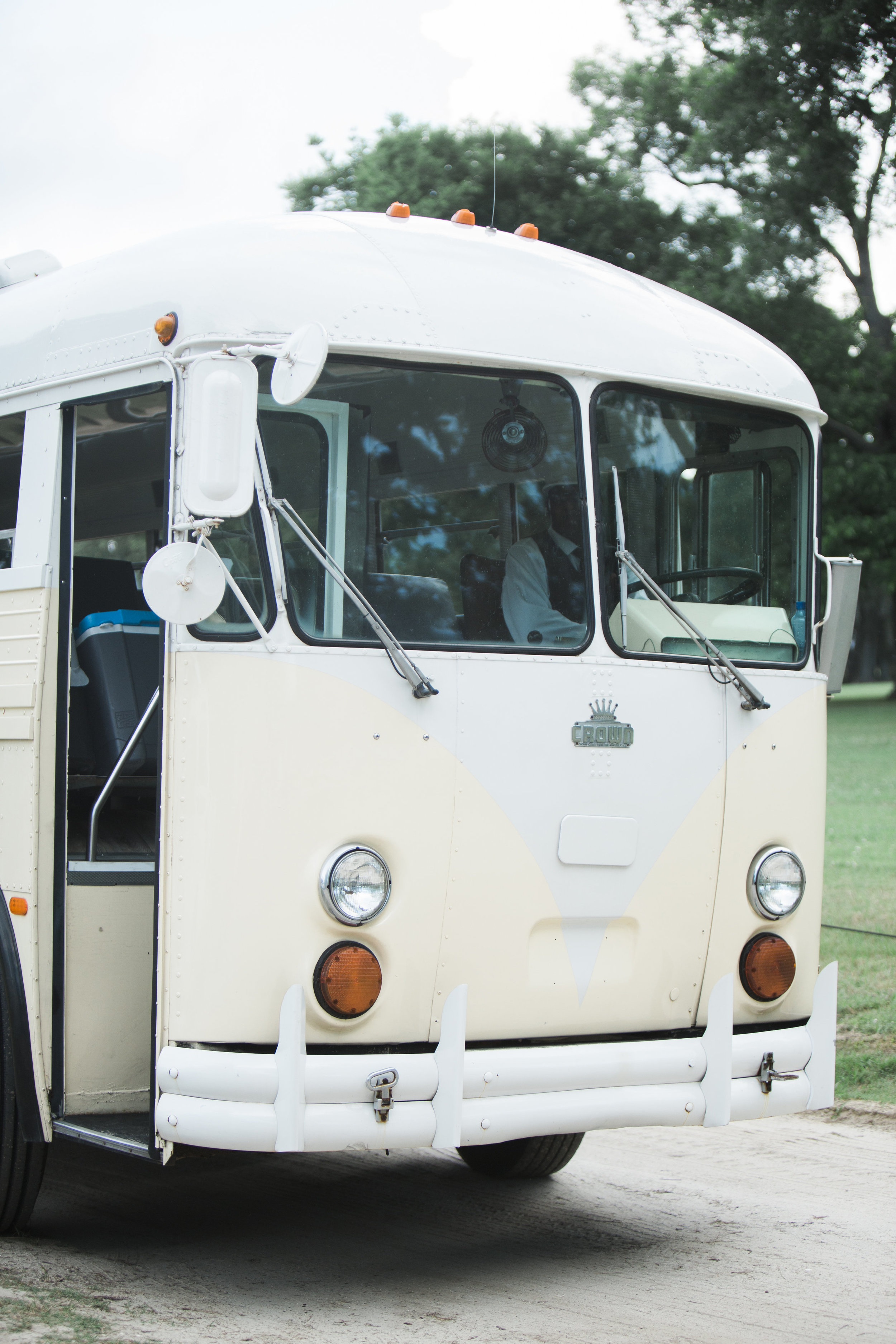 Amy + Jonathan's Charleston wedding at Boone Hall Plantation by Lowcountry Valet & Shuttle Co.