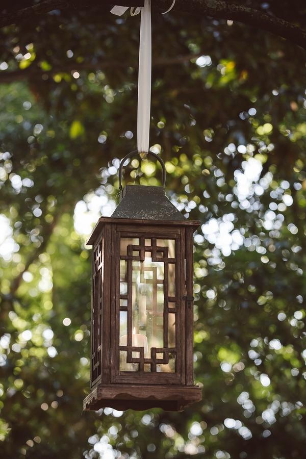 Hanging lanterns at Governor Thomas Bennett House