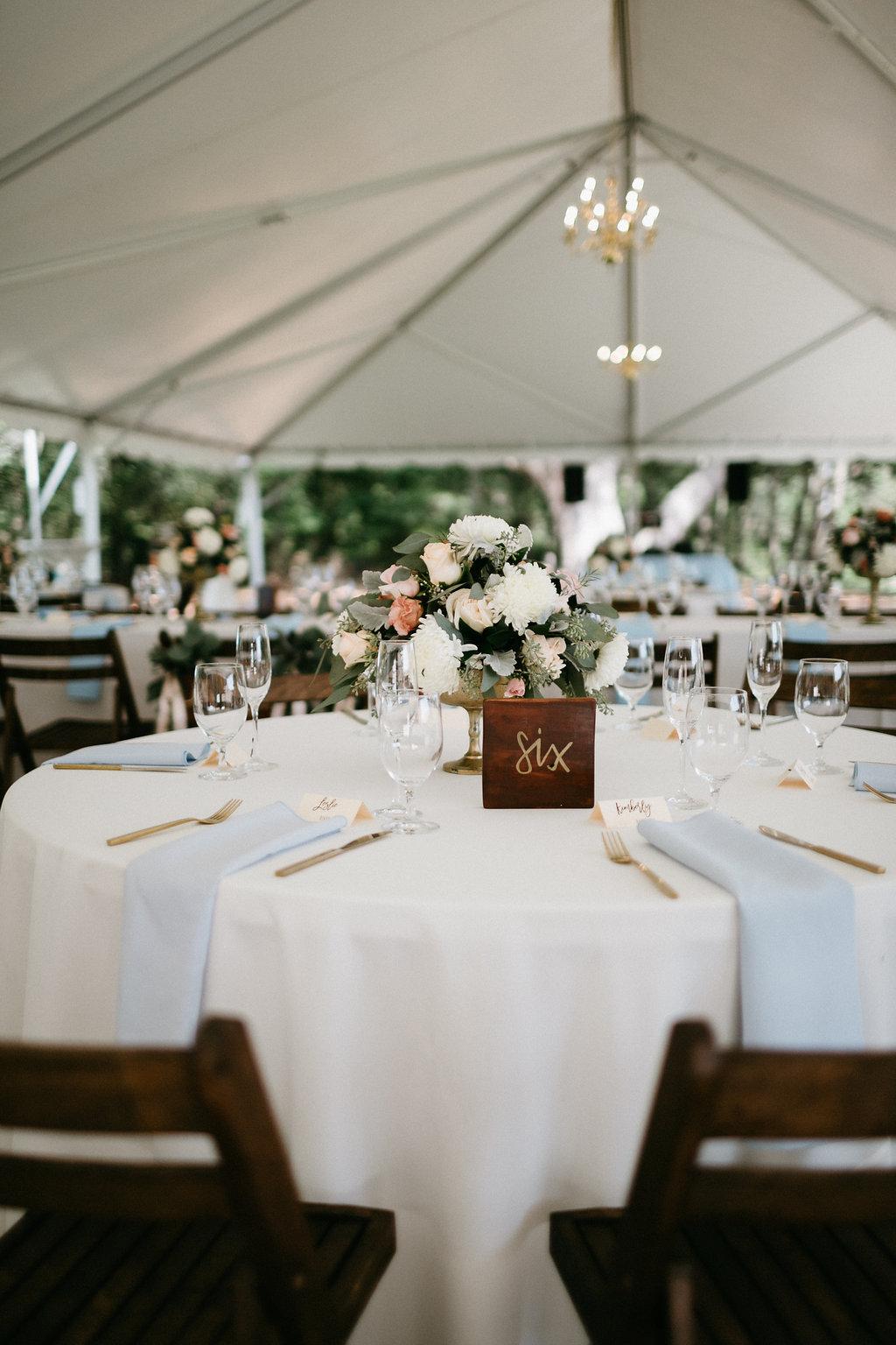 Charleston wedding at Wingate Plantation on Johns Island, SC l Katherine & Rob l Pure Luxe Bride