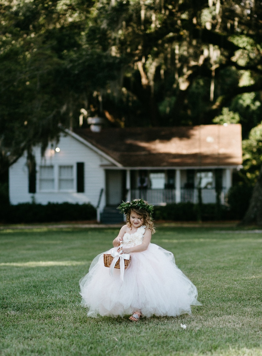 Wingate Plantation wedding ceremony on Johns Island l Flower girl l Pure Luxe Bride