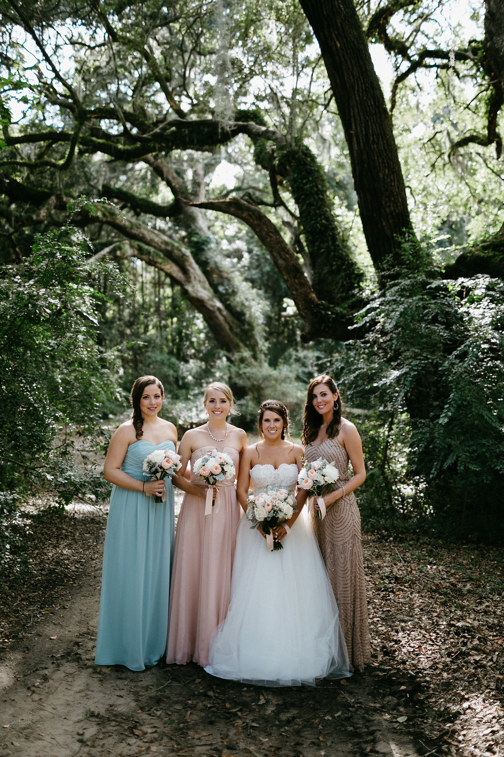 Wingate Plantation wedding on Johns Island l mismatched bridesmaids dresses l Pure Luxe Bride