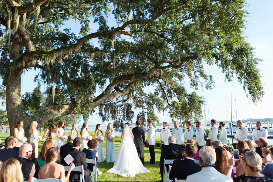 Georgia wedding at The Savannah Yacht Club by Sunny Lee Photography