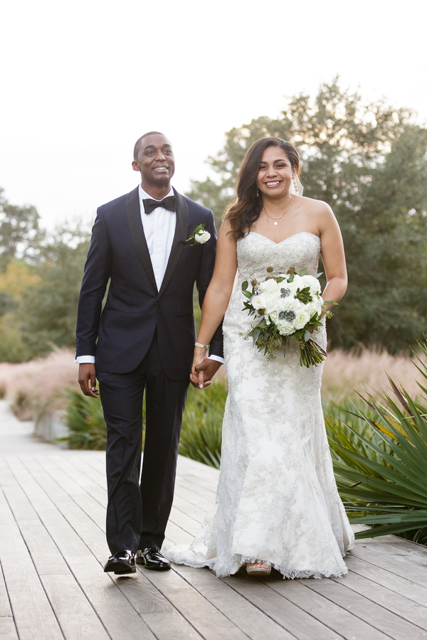 Charleston wedding at Founders Hall by Captured by Kate Photography