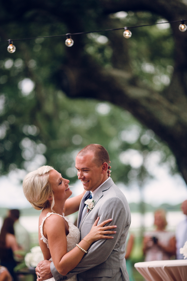 Charleston wedding at Lowndes Grove Plantation by Red Boat Photography