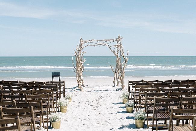 Coastal wedding at The Inn at Folly Beach