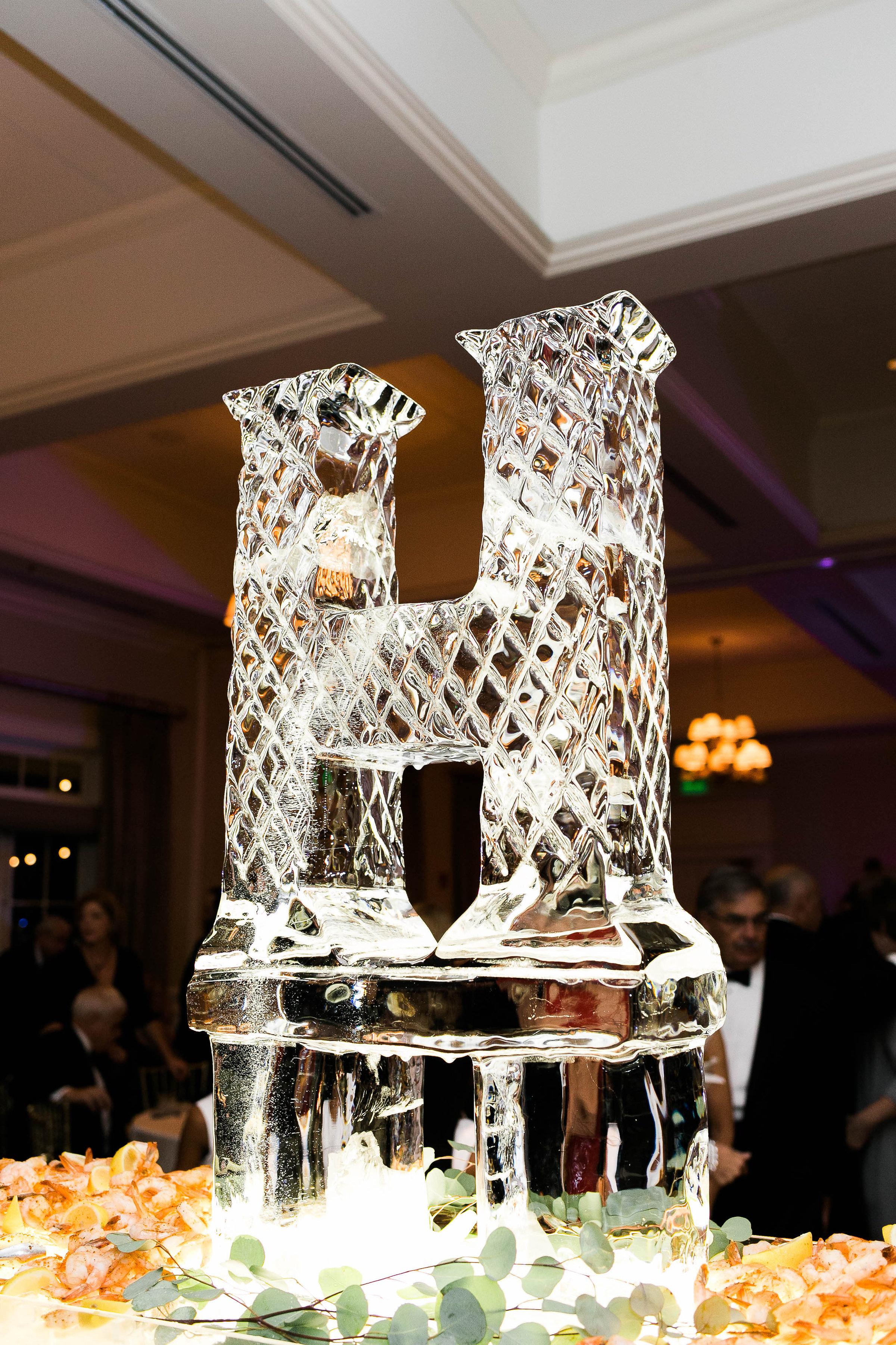 Ice sculpture at Savannah Golf Club wedding