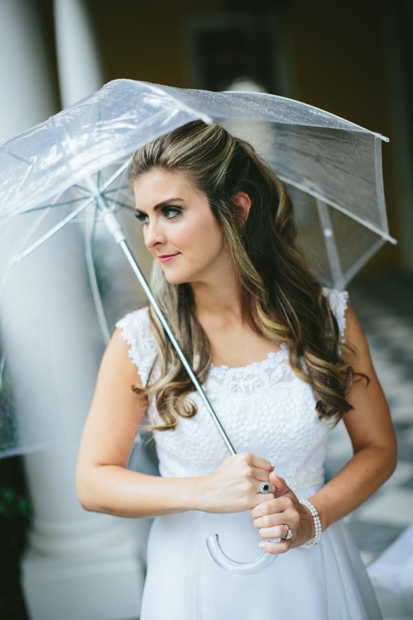 Sally & Rob's Rainy Charleston wedding at The Carolina Yacht Club