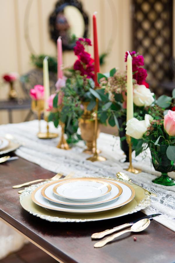 Vintage Savannah Wedding Inspiration at The Gingerbread House