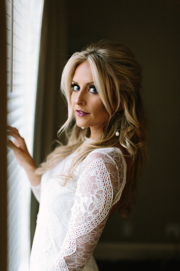 Grace Loves Lace wedding dress  // Saint Simons Island, Georgia wedding venue  // A Lowcountry Wedding Magazine & Blog