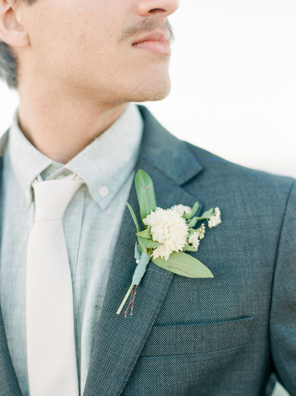 Boutonniere by A to Zinnias  //  Savannah wedding photos by Dee Carlin Photography  //  on A Lowcountry Wedding Magazine & Blog