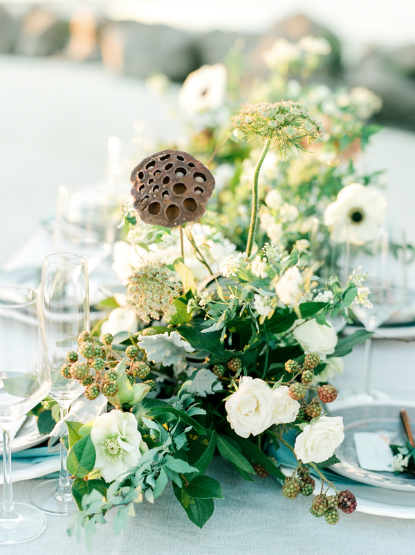 Floral table runner by A to Zinnias  //  Savannah wedding photos by Dee Carlin Photography  //  on A Lowcountry Wedding Magazine & Blog