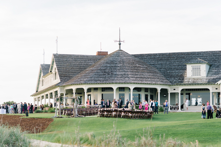 Ocean Course wedding on KIawah Island Resort photographed by Aaron and Jillian