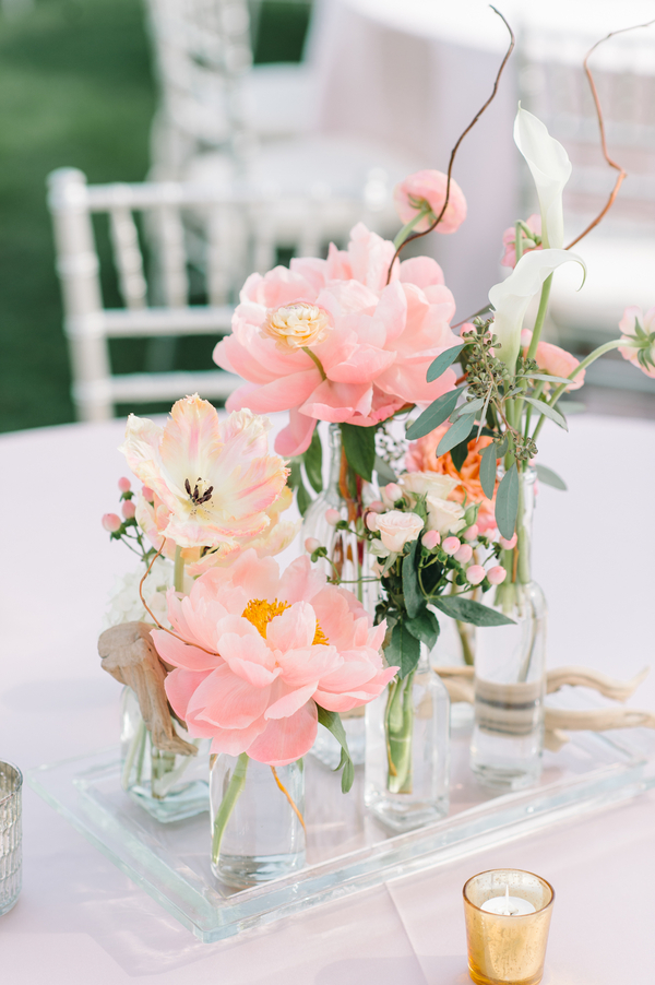 Pink peony centerpieces by Branch Design Studio  //  Kiawah Island wedding photos by Aaron and Jillian Photography