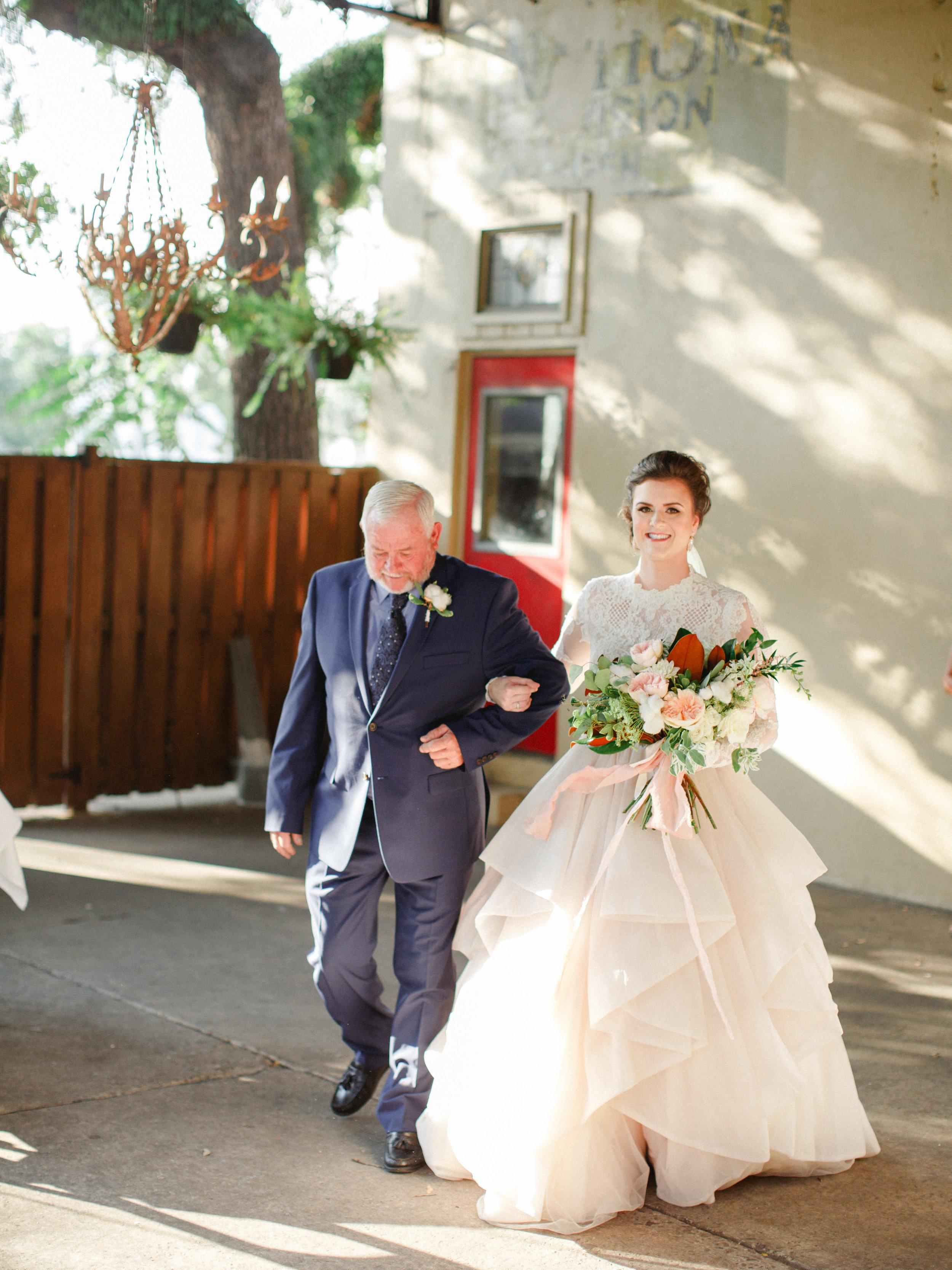 savannah-cha-bella-wedding-20.jpg