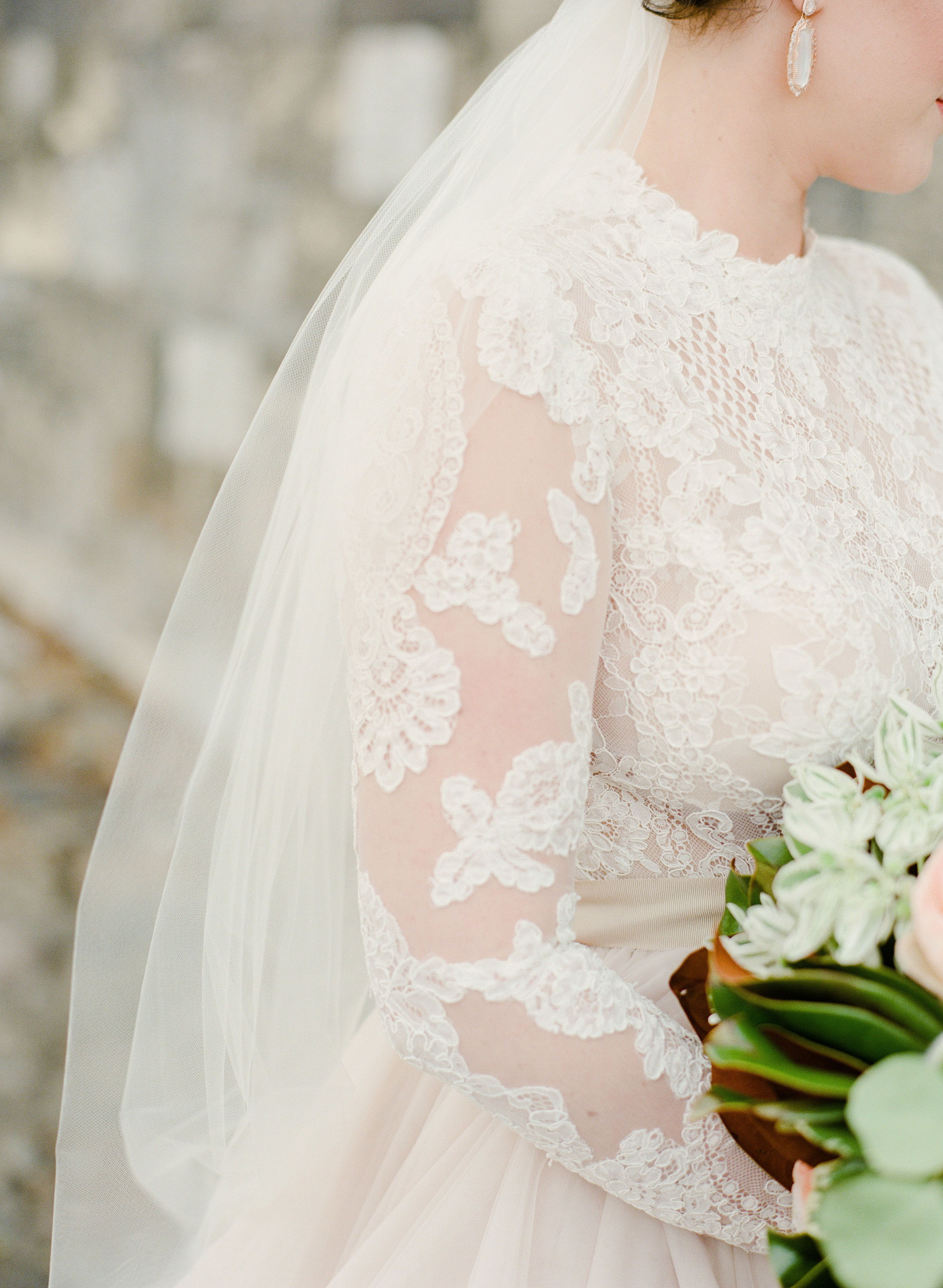 savannah-cha-bella-wedding-29.jpg