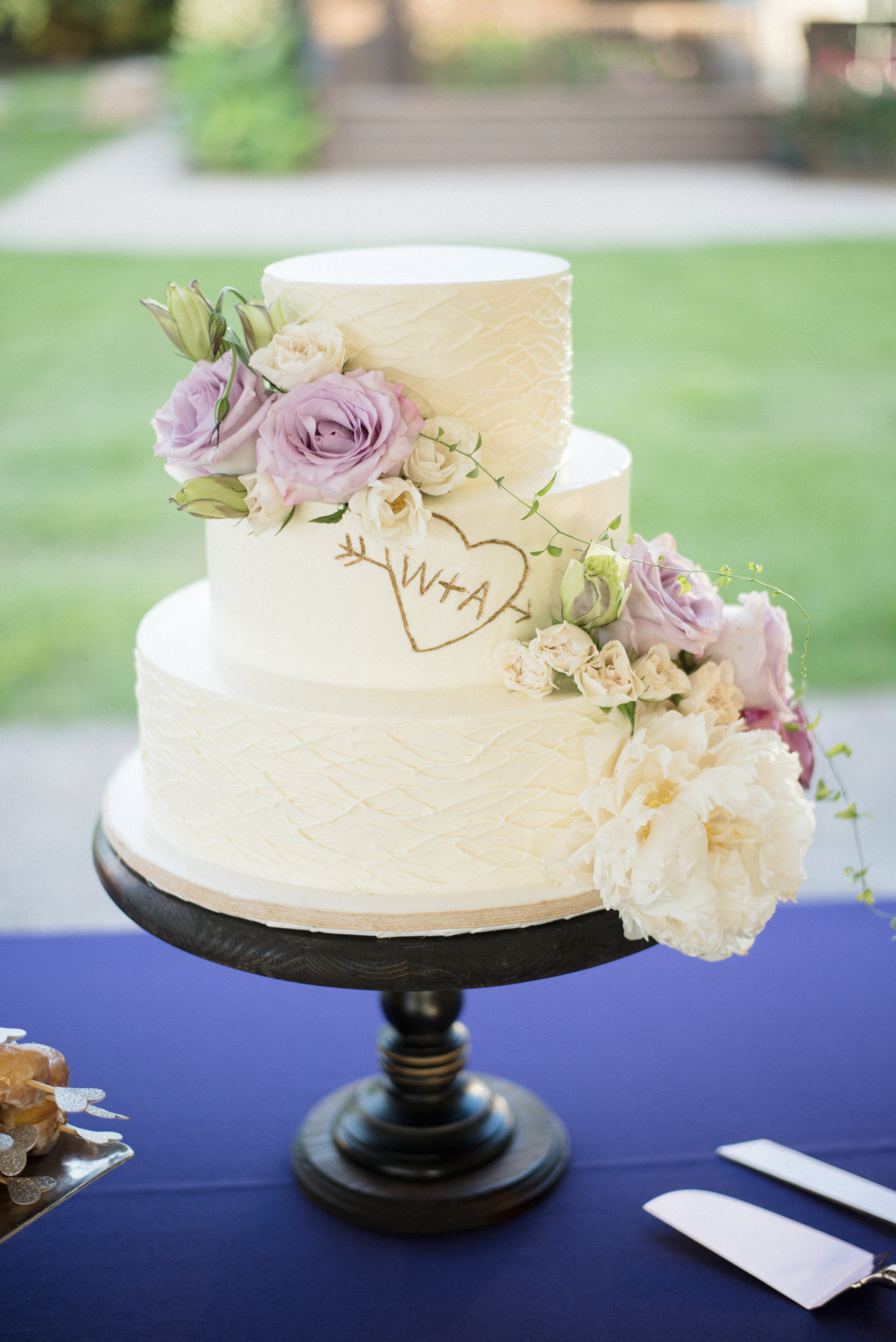 Rustic wedding cake by Declare Cakes at The Island House