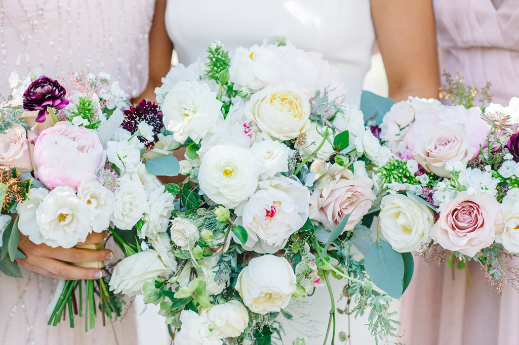On a Limb Florals  //  Charleston wedding florist  //  A Lowcountry Wedding Magazine & Blog