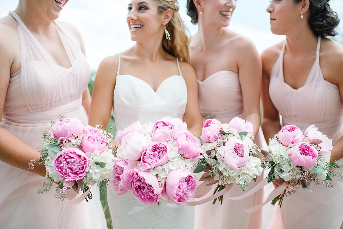 Gardenias Event Floral  //  Hilton Head wedding florist  //  A Lowcountry Wedding Magazine