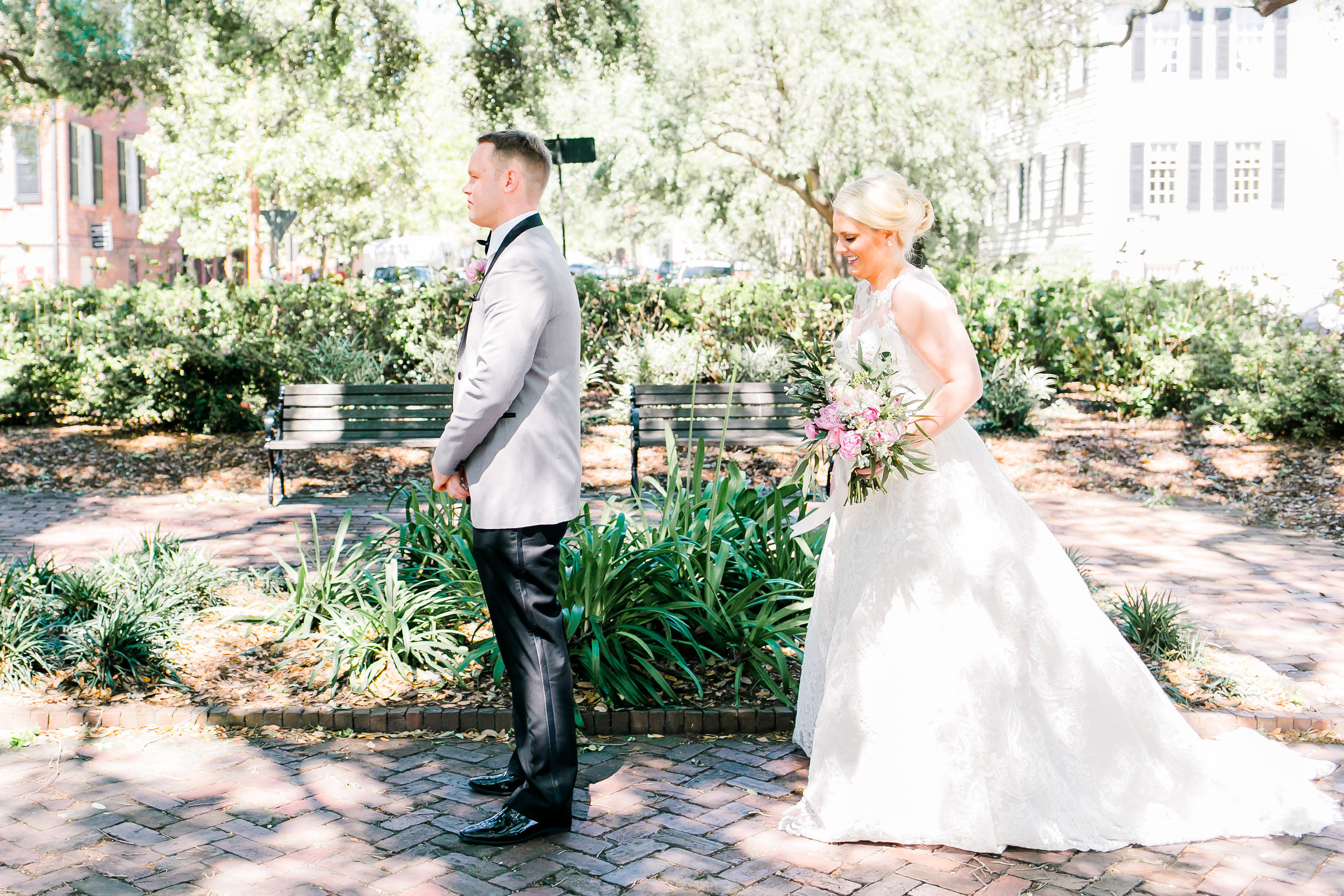Bride & Groom's first look in Savannah GA square  //  photos by JB Marie Photography