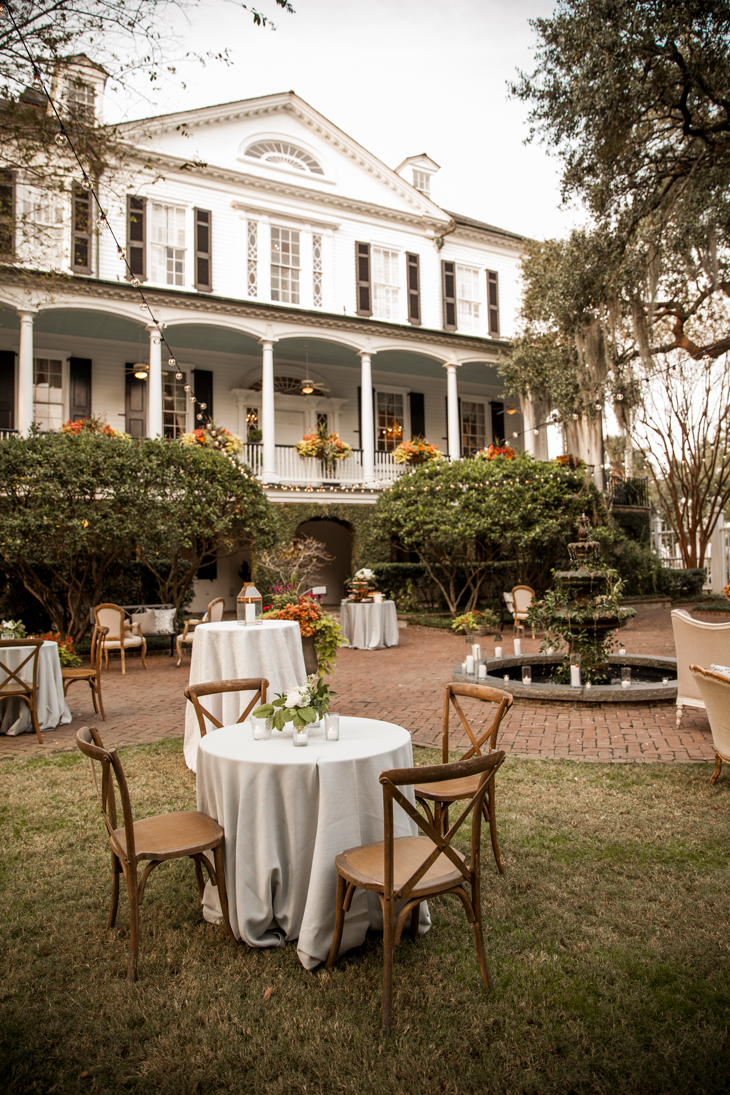 Outdoor wedding reception at The Thomas Bennett House in Charleston, SC  //  A Lowcountry Wedding Magazine & Blog