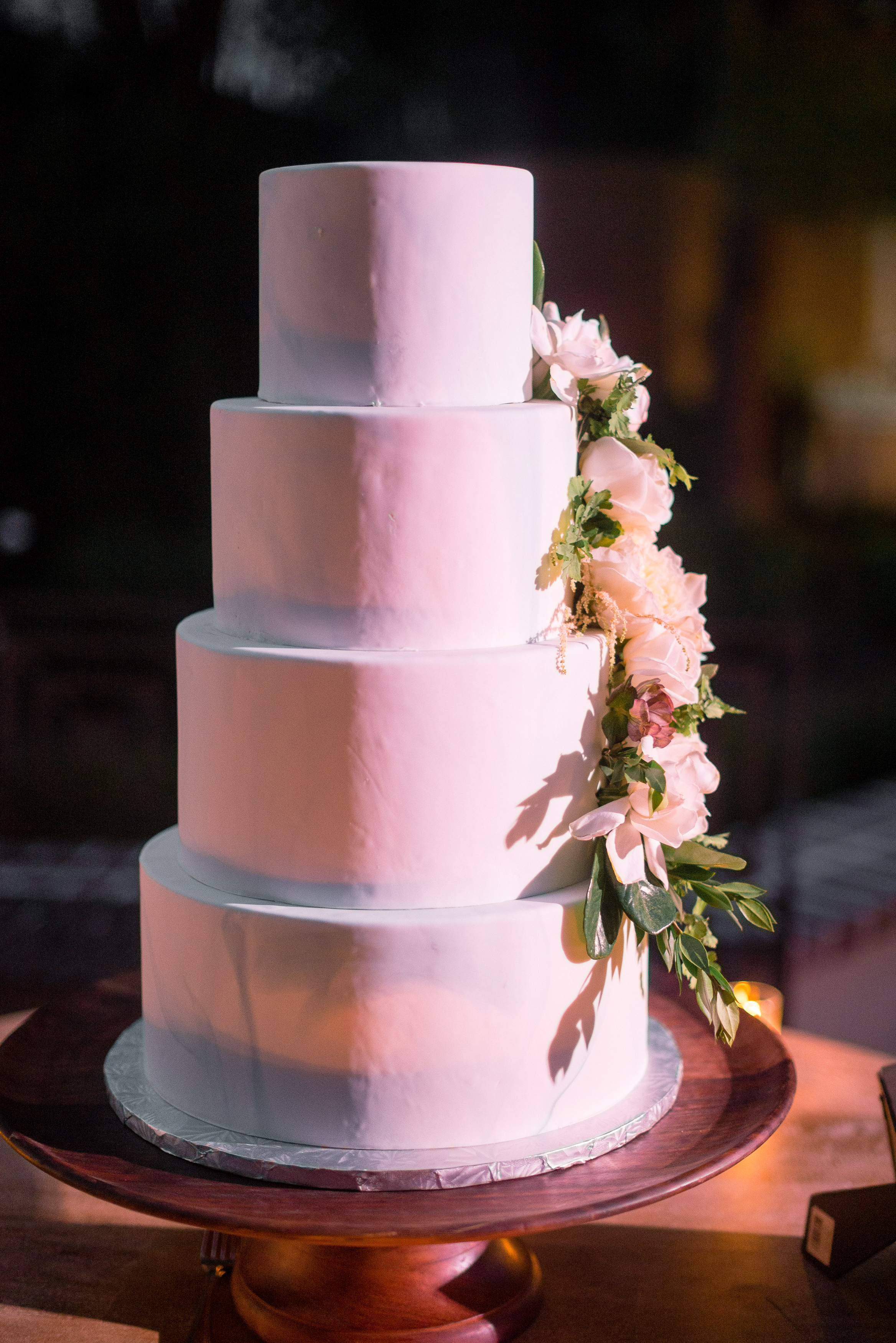 Four tiered cake by Cakes by Kasarda at The Thomas Bennett House //  A Lowcountry Wedding Magazine & Blog