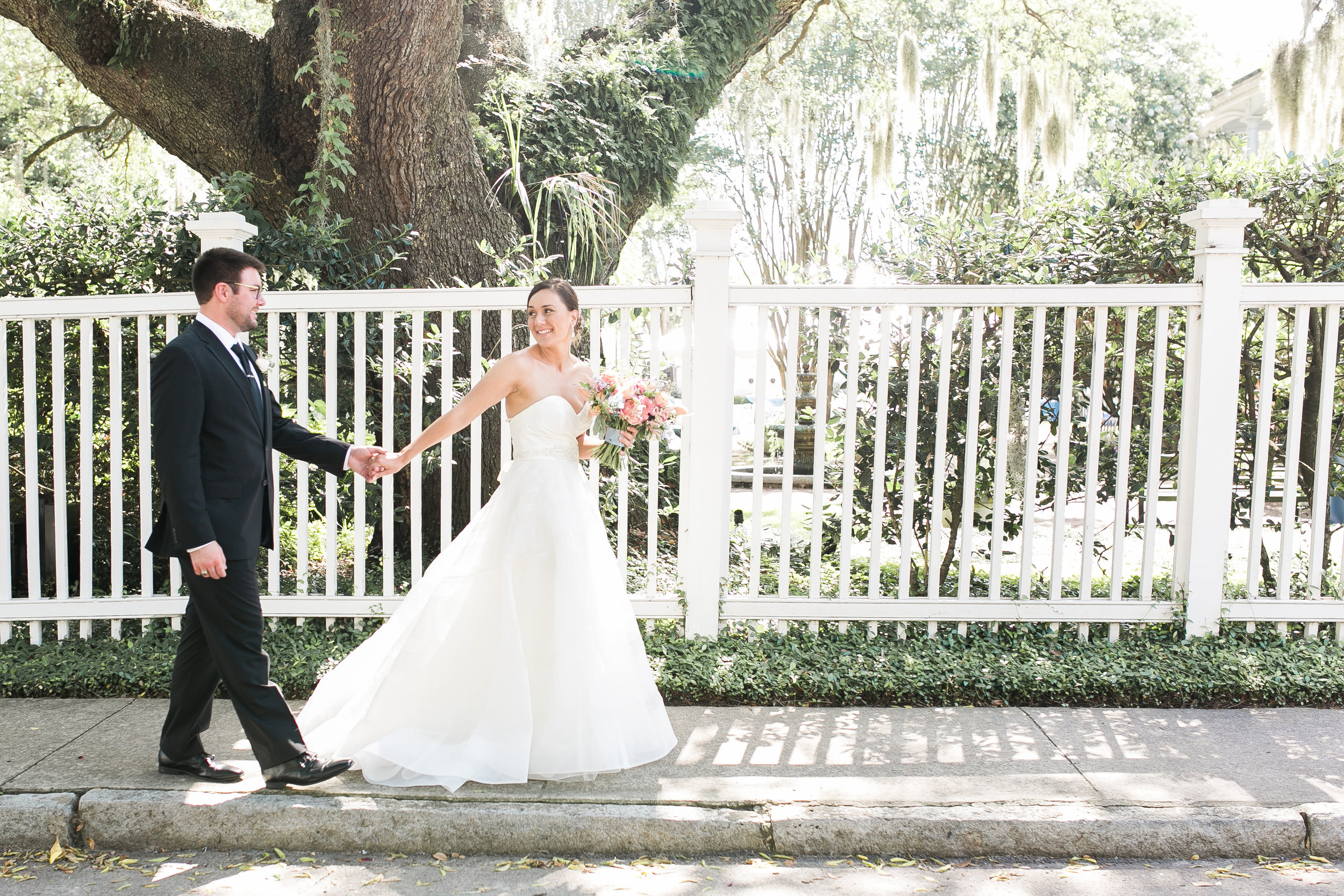 Charleston wedding portraits at The Governor Thomas Bennett House photographed by Jenna Marie Weddings
