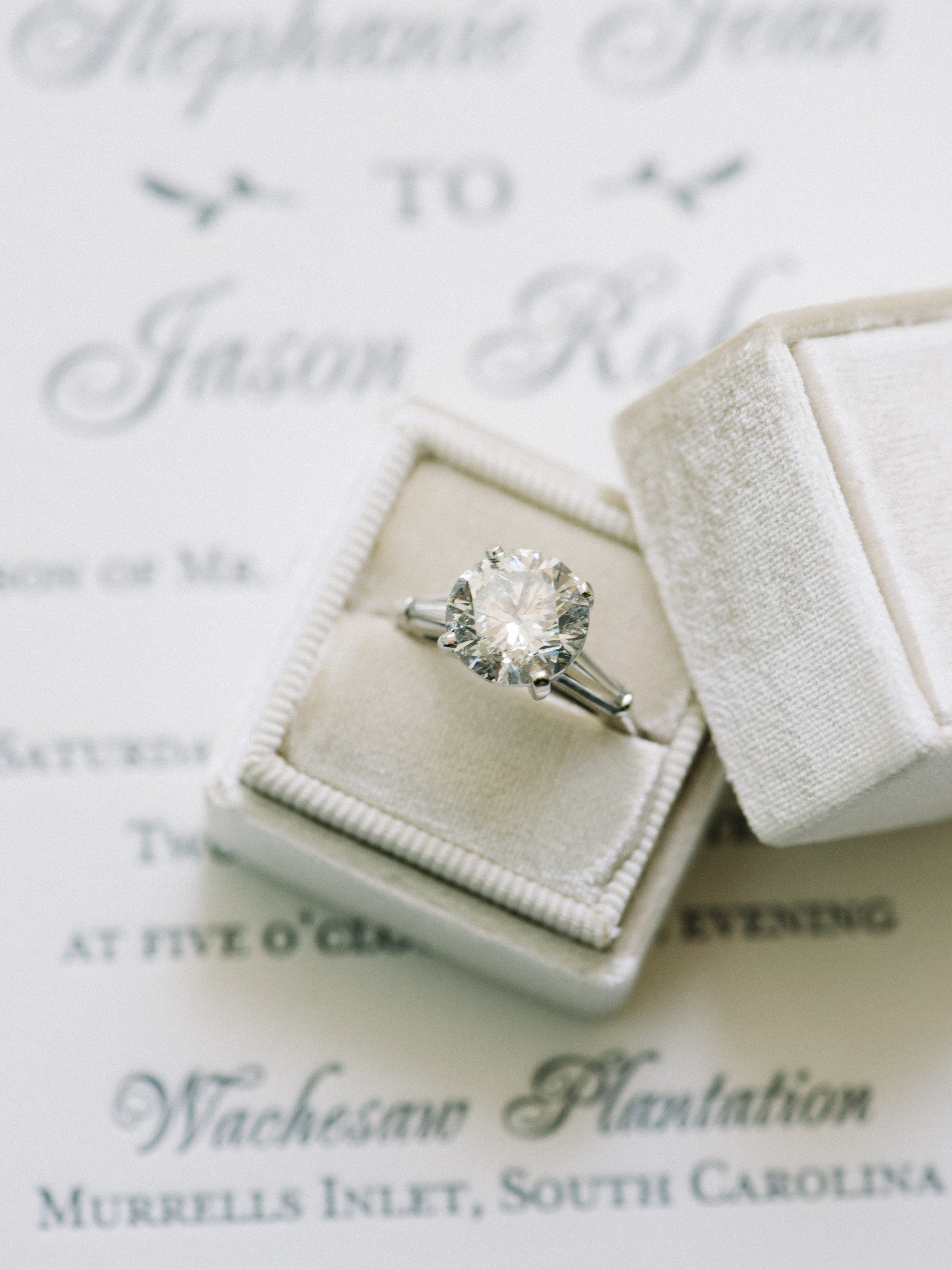Myrtle Beach wedding details photographed by Pasha Belman Photographyy
