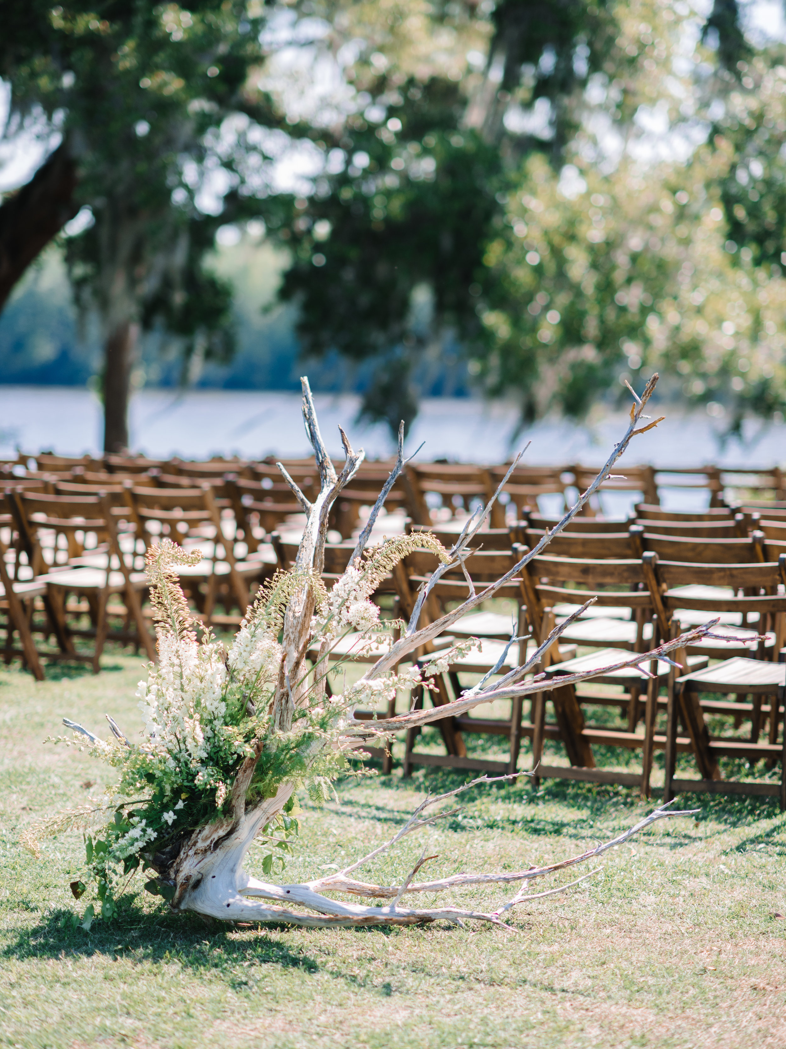 Wachesaw Plantation Ceremony site along the Waccamaw River in Murrells Inlet, SC  //  A Lowcountry Wedding Magazine & Blog