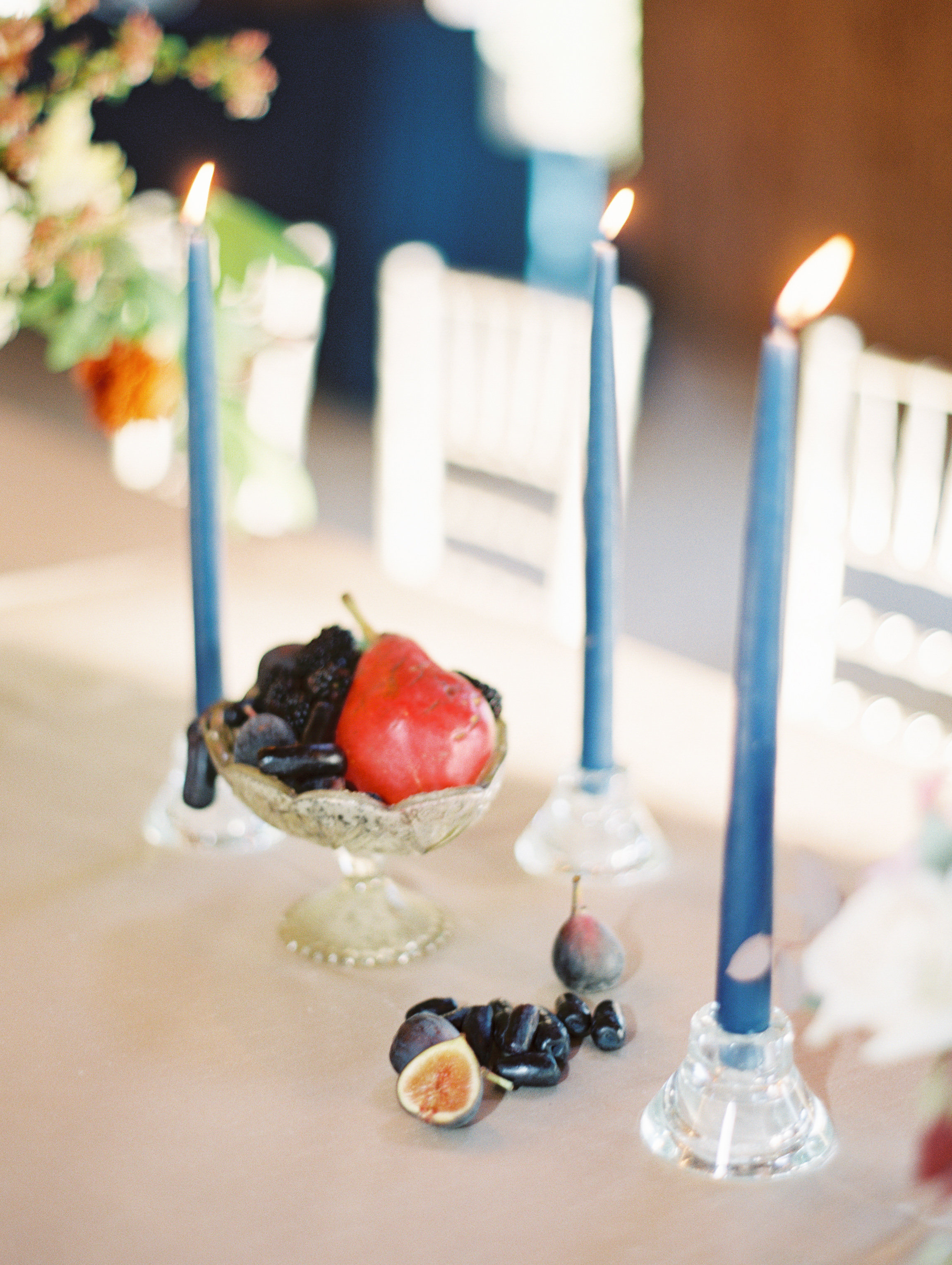 Fall wedding reception decor with blue accents at Boone Hall Plantation  //  Wedding photography by Landon Jacob  //  A Lowcountry Wedding Magazine