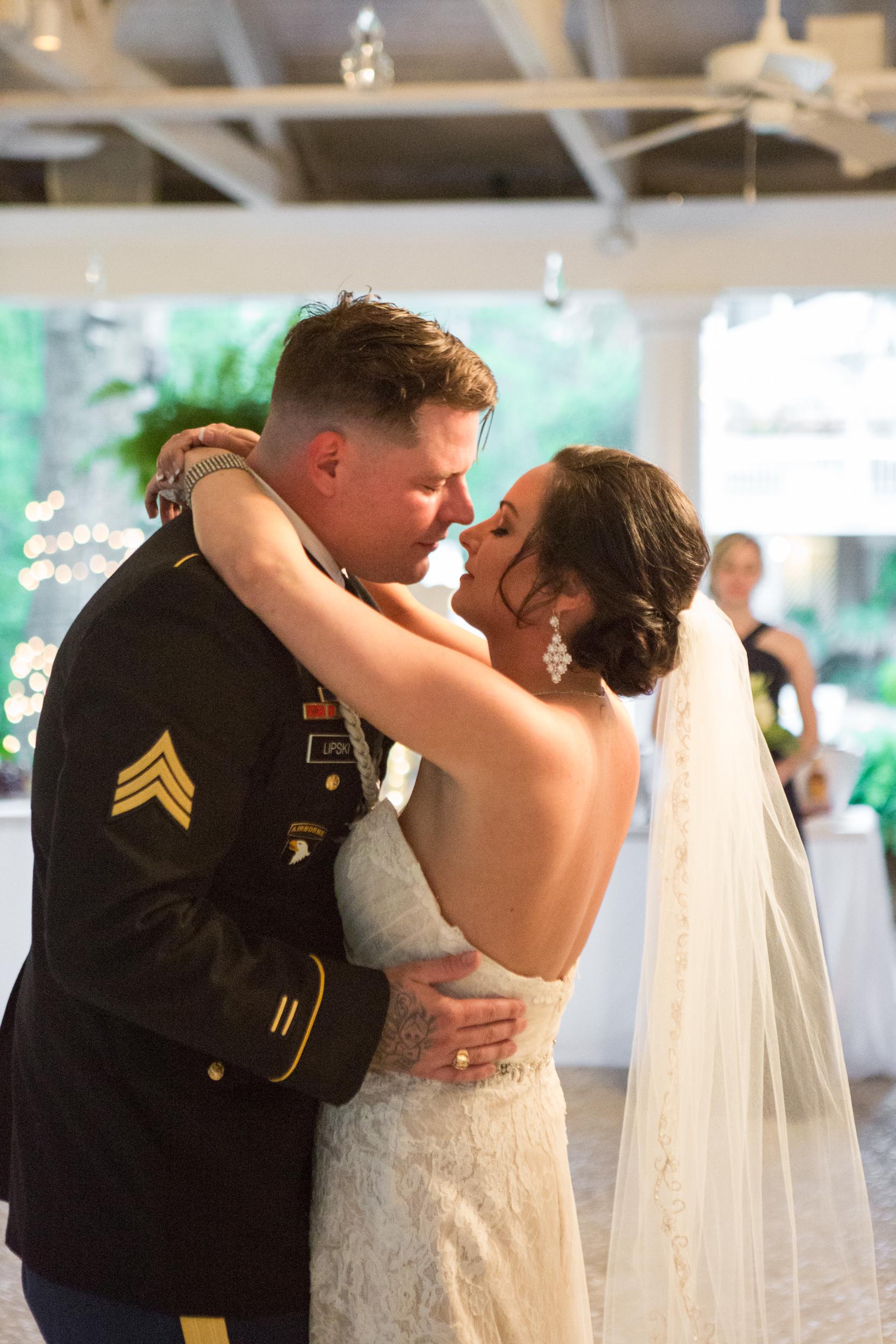 savannah-mackey-house-wedding-24.jpg