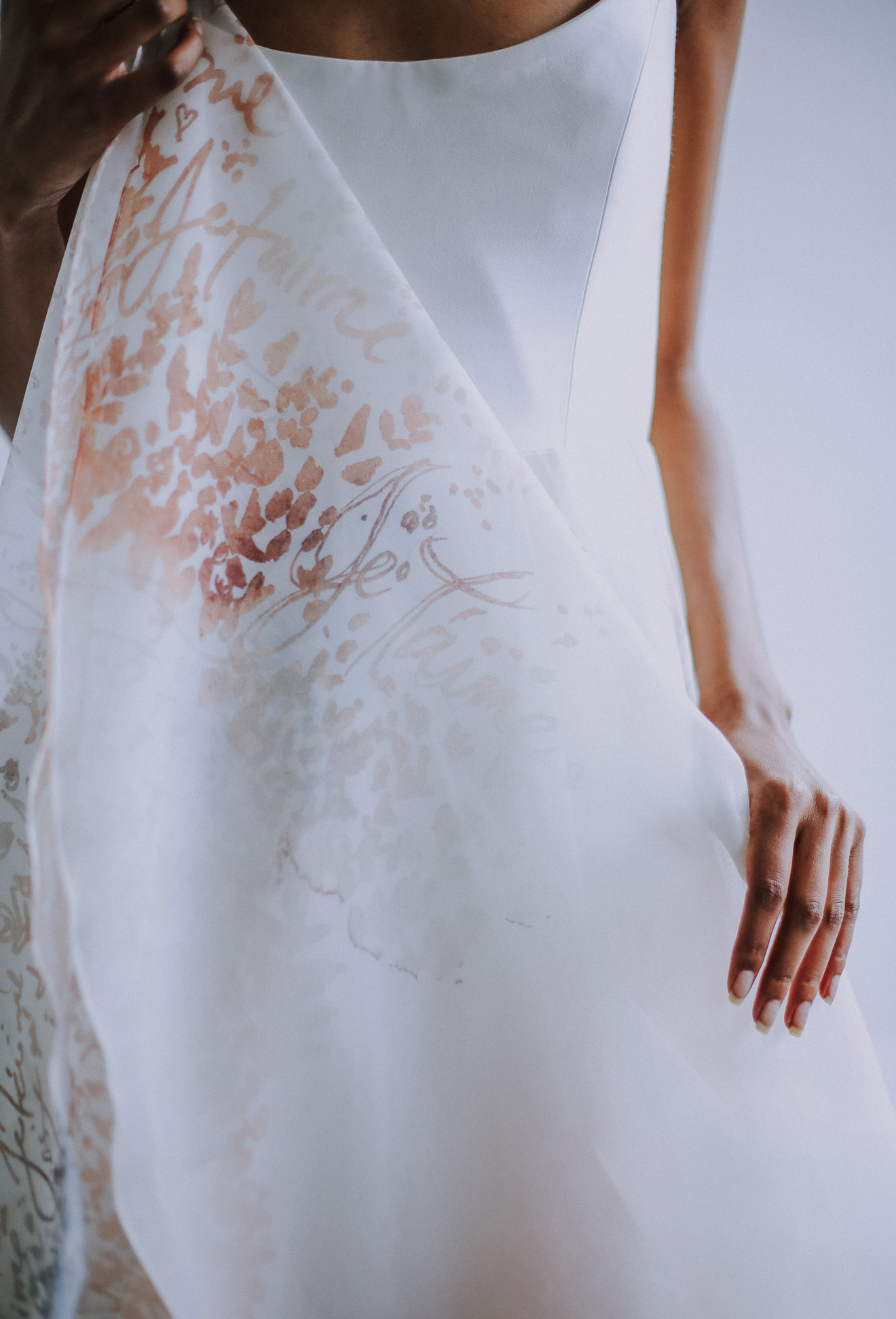 leanne-marshall-wedding-gown-8.jpg