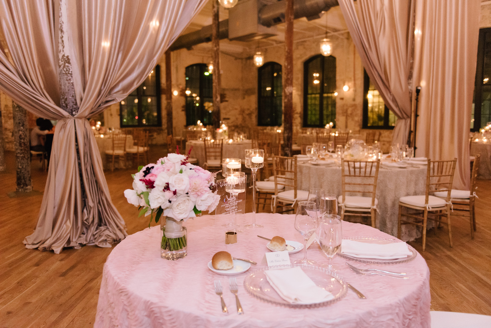 cedar-room-wedding-38.jpg