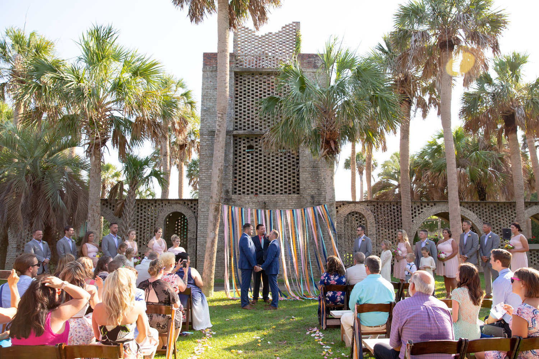 Huntington Beach State Park Wedding At Atalaya Castle A Lowcountry Wedding Blog Magazine Charleston Savannah Hilton Head Myrtle Beach