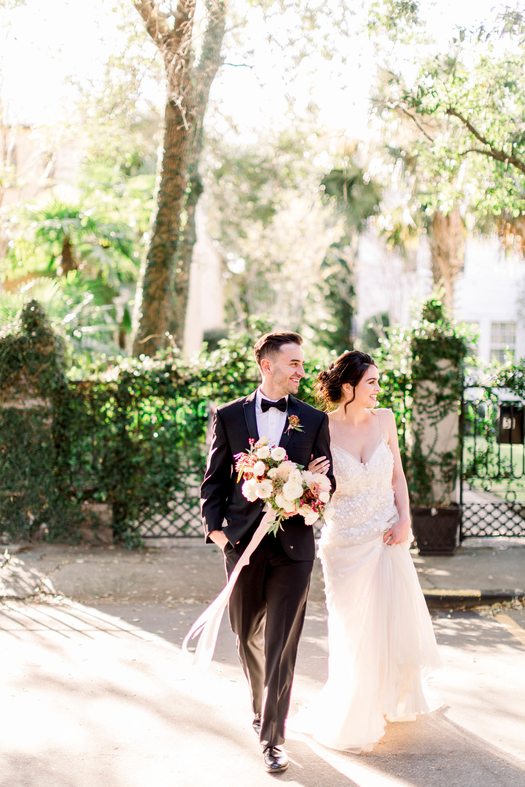 downtown-charleston-wedding-elopement-37.jpg