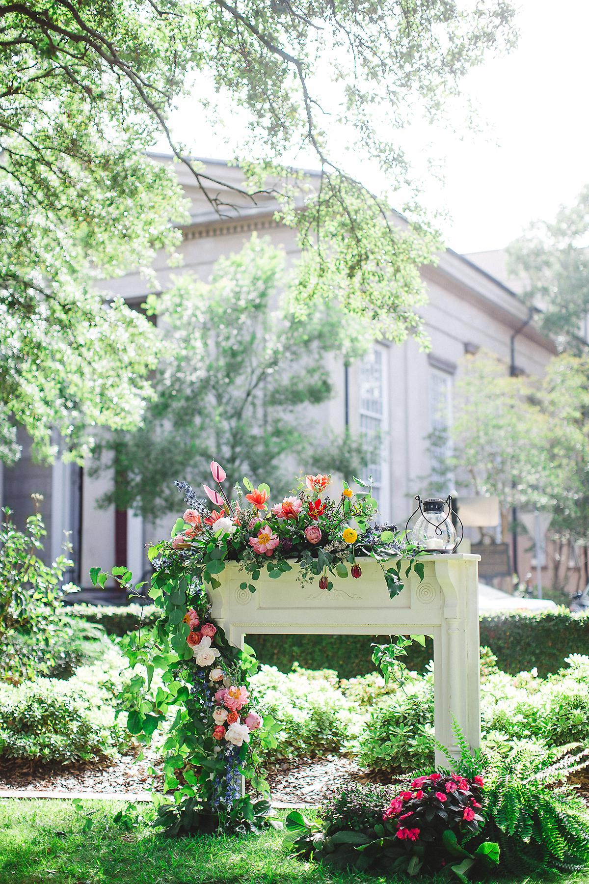 mansion-on-forsyth-park-wedding-5(1).jpg