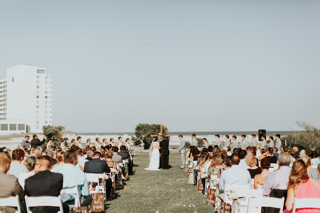 dunes-golf-and-beach-club-wedding-27.jpg