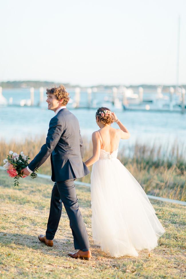 bright-coral-wedding-lauraannewatson-93.jpg