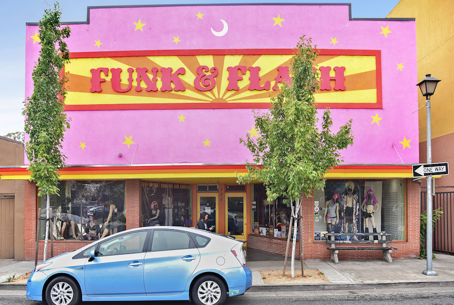 Can You Turn the Fun-key & Join Main Street? - For Lease, All or Half: Contact (707) 809-7101228 South Main Street