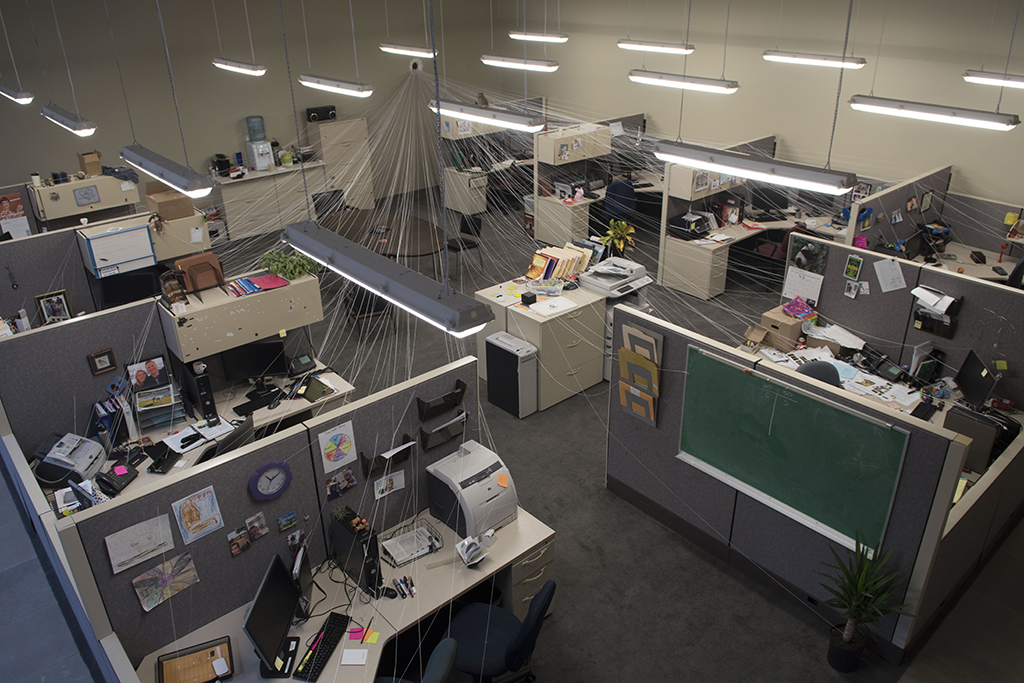 Cubicle_Aerial_Photo_Jonathan_Schipper-web.jpg