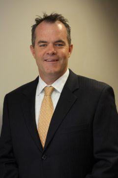 DataGryd-CEO-Tom-Brown-Headshot-e1553894363568.jpg