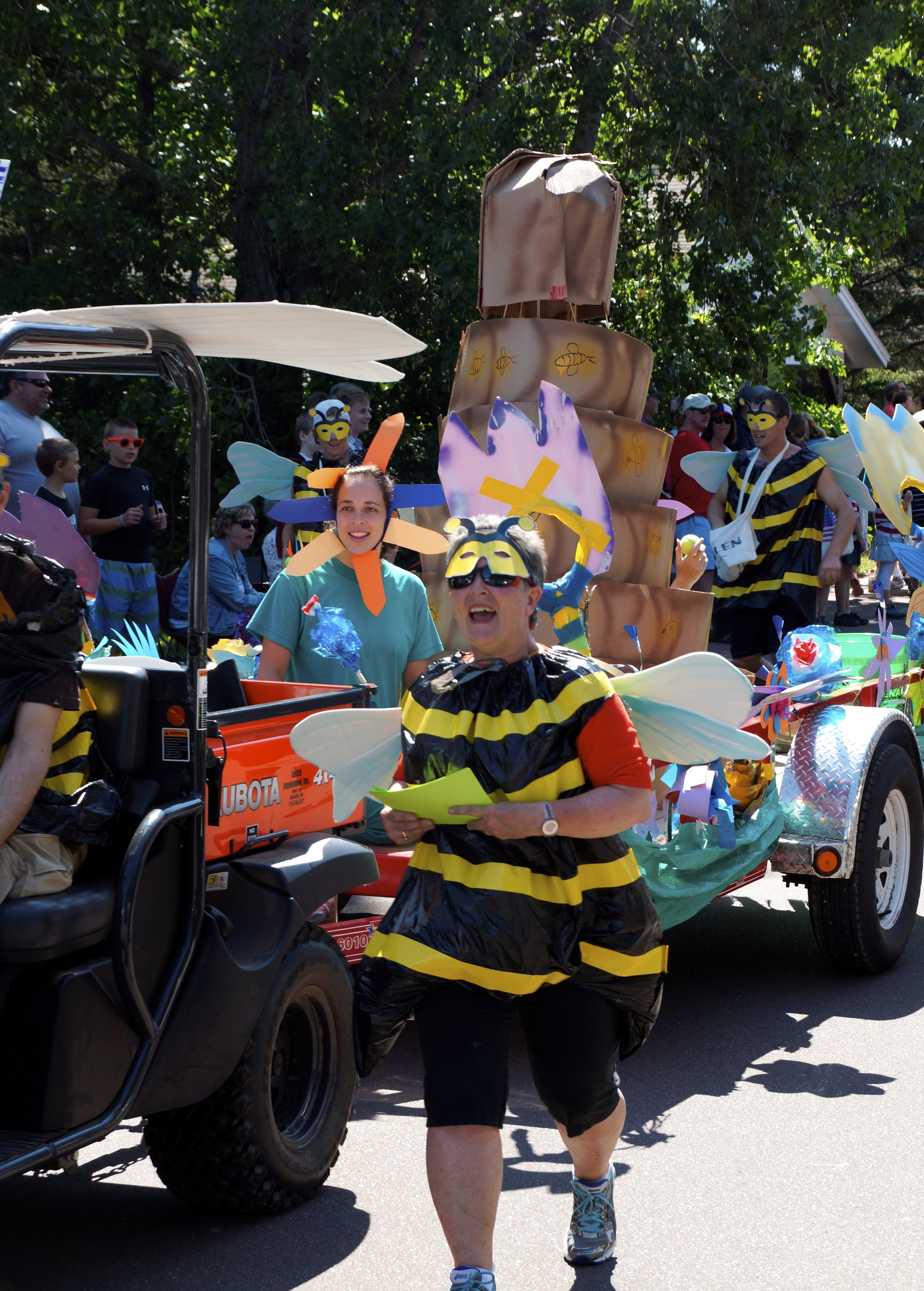 Our grand-prize winner for 2013: Bees, pollinators, and colony collapse