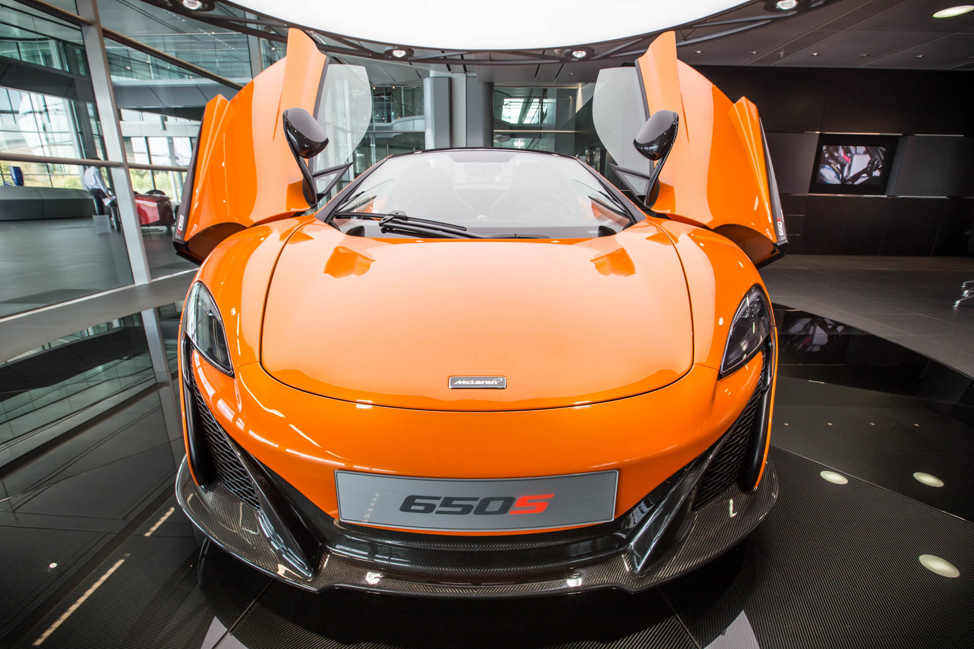 mclaren-behind-the-scenes-650s-43.jpg