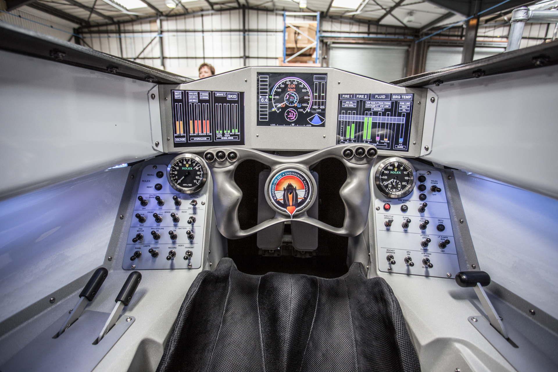 bloodhound-rocket-car-landspeed-17.jpg