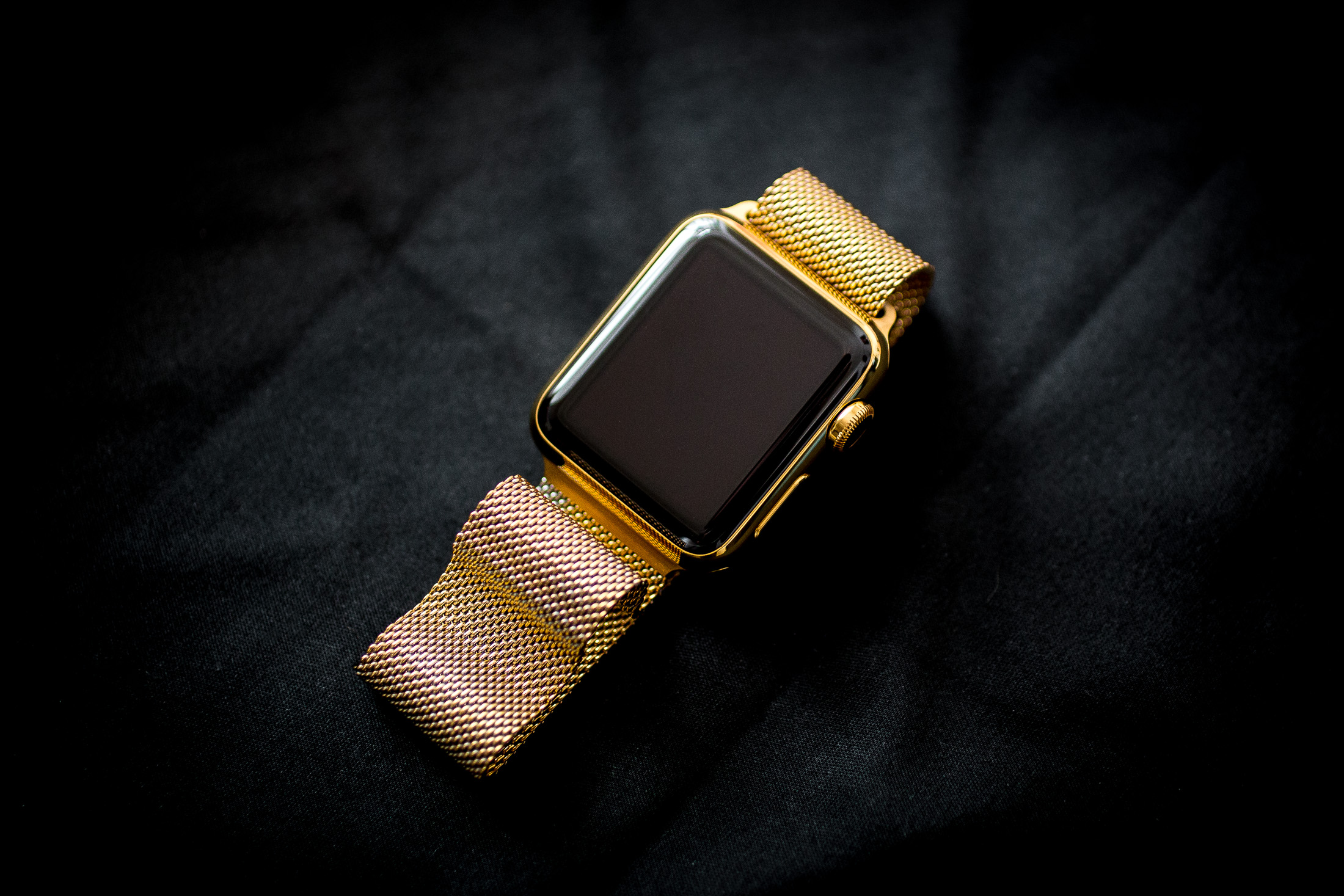 apple-watch-gold-plate-30.jpg