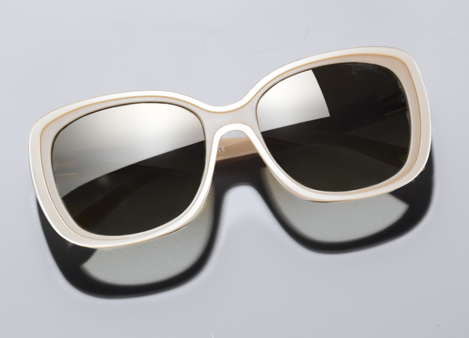 square_space_0000_sunglasses_email_03.jpg
