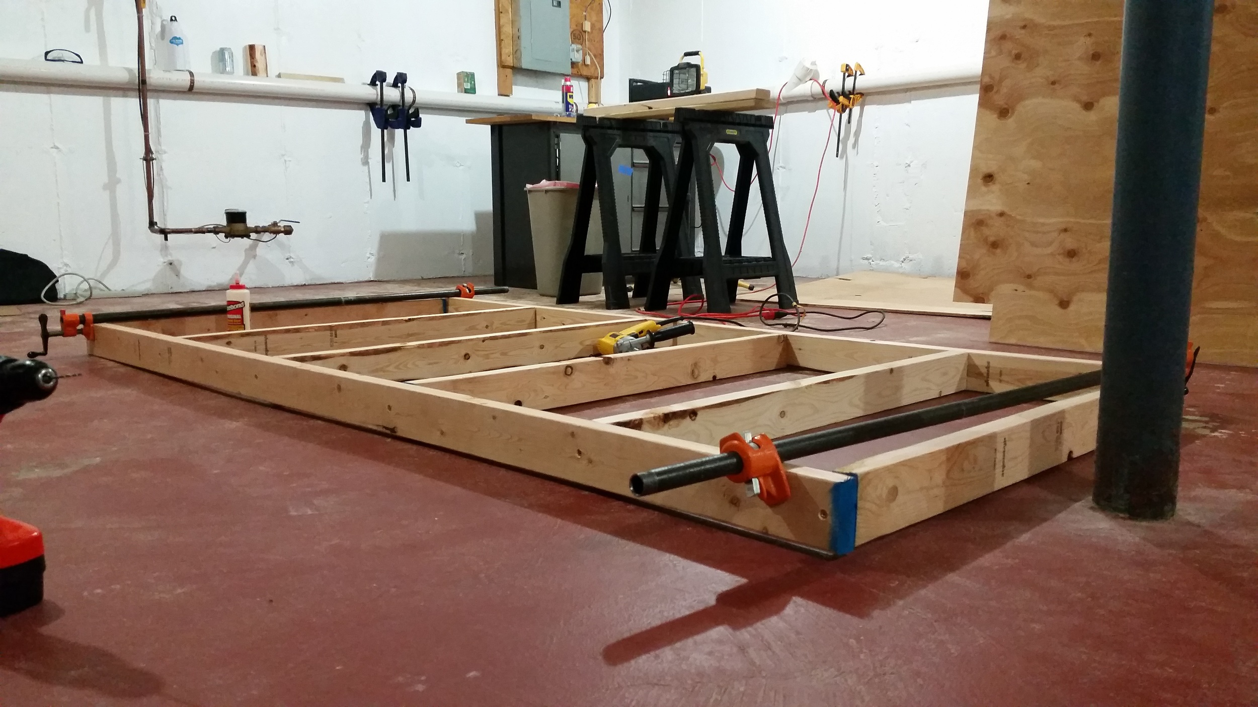 "I over-built the ""joists"" on the table. With such a large surface I didn't want any sagging and the ability to hold lots of weight."